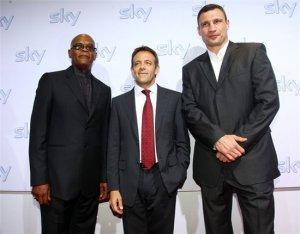 Кадр дня: Виталий Кличко на торжествах в честь начала вещания телеканала Sky в европейских странах