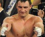 Виталий Кличко поздравил Василия Ломаченко с победой